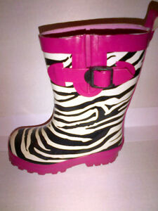 Super $6 Deal $6  for Zebra Rain Boots Size Kids 9 by Gymboree!