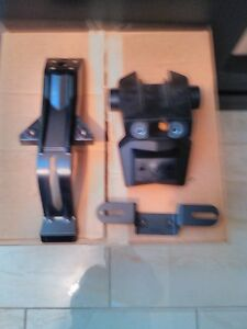 KAWASAKI ZX10R 2009 PLATE BRACKET AND COVER LIKE NEW REFLECTORS Windsor Region Ontario image 1