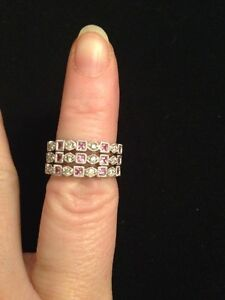 BRAND NEW SET OF 3 DIAMOND AND PINK SAPPHIRE STACKABLE RINGS