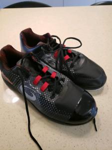 Men's size 10 curling shoes