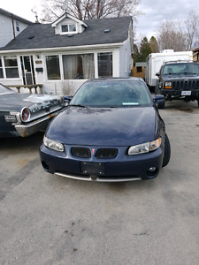 2000 Pontiac excellent shape, full service history