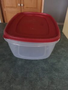 Tupperware and Rubbermaid