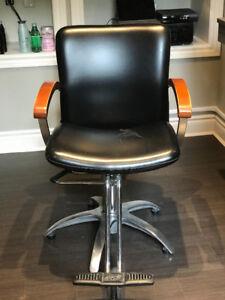 Stylist/Barber Hydraulic Cutting Chair