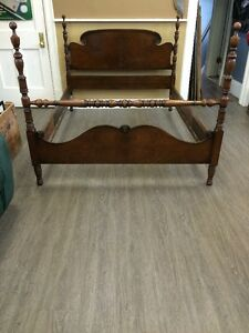ANTIQUE HESPELER DOUBLE WALNUT POST BED - GORGEOUS!!!