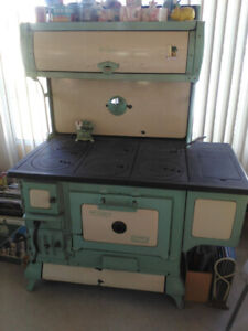 1920's McClary Garry Green wood cookstove