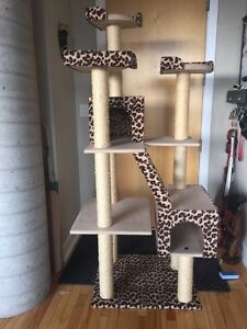 Arbre a chat - Cat Tree for sale