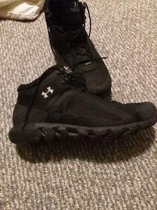 Mens waterproof under Armour tatical boot