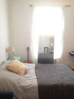 last minute deal 1 month only dec 1th to january 4th mile end !!