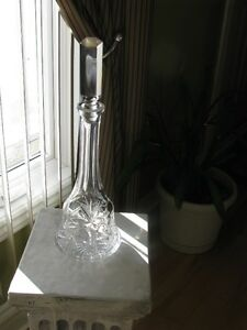 Bohemian Crystal(ANTIQUE)Wine Decanter or Alcohol bottle cont Gatineau Ottawa / Gatineau Area image 3