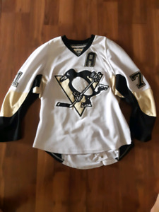 the latest dcf2e 87176 Penguins Jersey   Kijiji in Alberta. - Buy, Sell & Save with ...