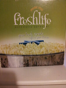 Tribest Freshlife Automatic Sprouter