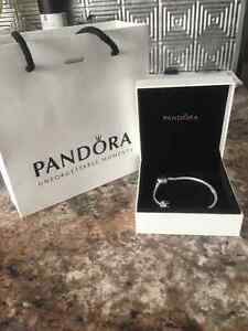 NEVER WORN Pandora silver charm bracelete with heart clasp