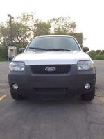 2005 Ford Escape XLT: 147,000Km