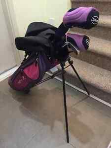 Wilson girls / child starter golf club set - never used