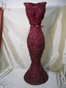 Sparkly RED Dress wire decor Windsor Region Ontario image 1