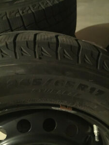 MICHELIN X-Ice winter tires and rims. 245/65 R17