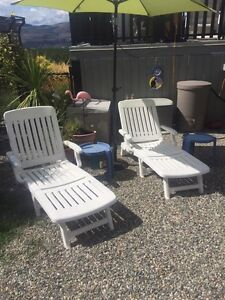 Lounger/side tables
