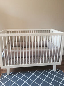 Bumpers for crib and sheets