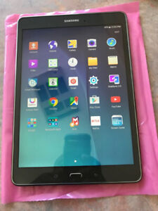 //Tablette Samsung Tab A 16GB Comme neuf x230$//Grade A++ 10/10