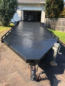Trailer with winch / Remorque avec treuil