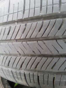 4 pneus 195 65 15 goodyear eagle LS .