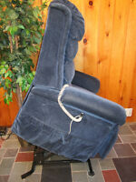 Pride Electric Lift Chair/ Recliner