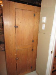 armoire antique