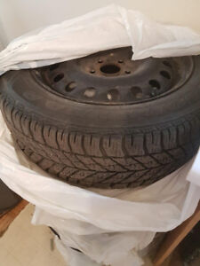 Pneus Hiver / Winter Tires 225 55 r17 with Rims