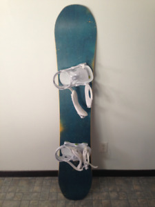 Snowboard DC Focus 153 + Now IPO + 32 tm-2 Boots - Comme NEUF