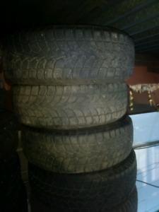 Like new 4x 245/60R18 Rovelo RWS-677 winter tires