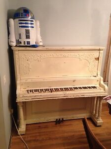 Upright piano. Cambridge Kitchener Area image 3