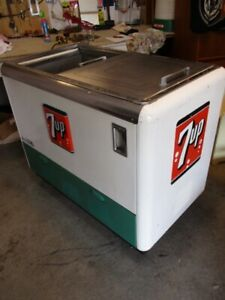 CHOICE ESTATE 7 UP COOLER