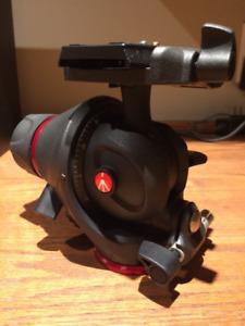 Manfrotto MH055M8-Q5 Photo-Movie Tripod Head