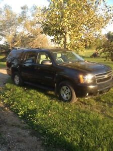 For Sale: 2010 Suburban w/ Sask tax paid