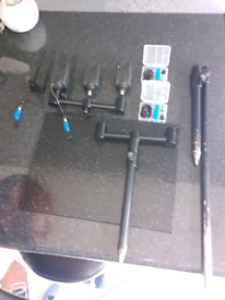 Alarms and buzz bar setup