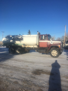 76 ford water truck