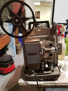 Projecteur 8mm Bell & Howell Autoload
