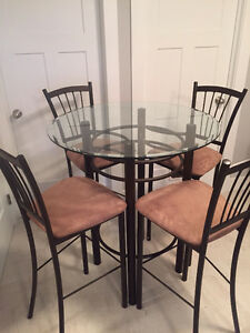 **Reduced**Amisco Glass top table & 4 matching bar height chairs