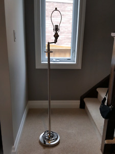 5 foot Lamp stand