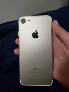 New Iphone 7 - Gold 32gb model