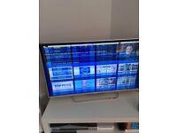 Cracked (lcd)Sony 42'' TV