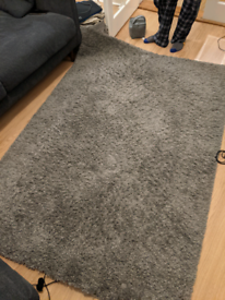 Large High Pile Grey Rug 4ft 4 by 6ft 5