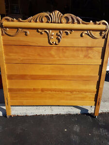 Antique Maple 3/4 Bed with Mattress