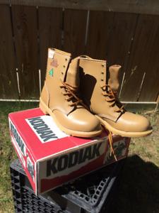 Brand New KODIAK Leather Work Boots, Men's Size 9, $75
