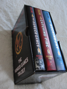 Hunger Games Trilogy ** New condition