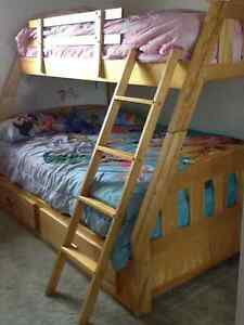 Bunk bed twin/double