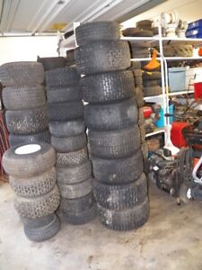 LawnTractor an Lawn Mower wheels and tires