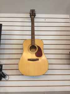 Cort acoustic Guitar with gig bag-model earth 70 ns