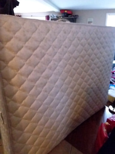 Very clean Queen size mattress and boxspring