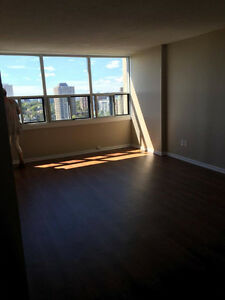TWO BEDROOM SUBLET - MAY TO AUGUST: 1 MIN FROM SPRING GARDEN
